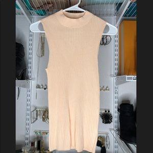 Bar III sleeveless shirt